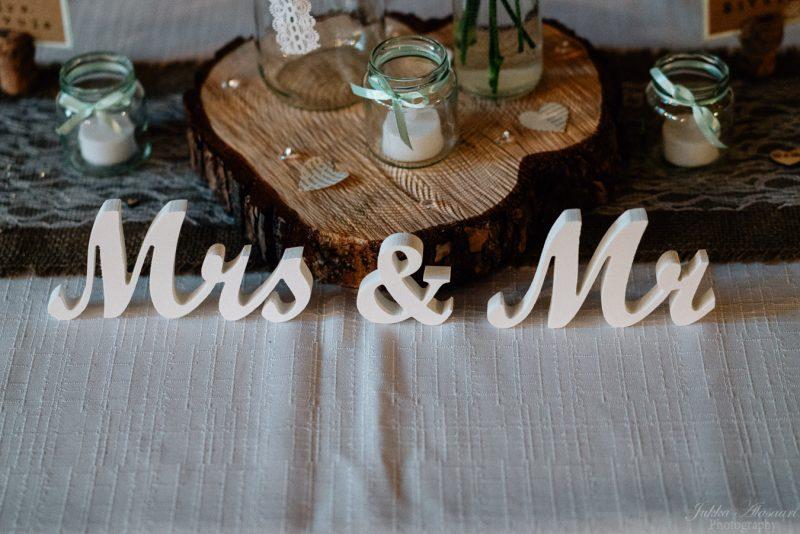 koko päivän dokumentaarinen hääkuvaus mr and mrs