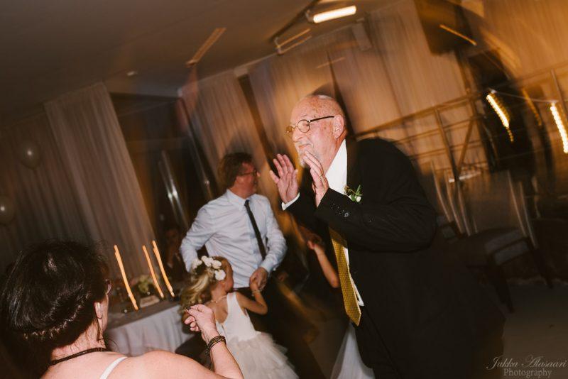 hääkuvaus kulosaaren casino isä tanssimassa