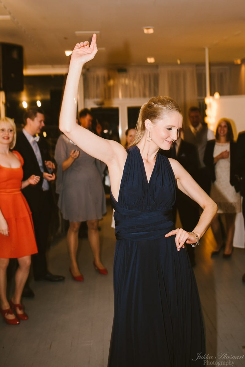 hääkuvaus kulosaaren casino häävieras tanssii