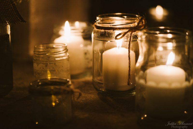 hääkuvaus teijo mathildedal ruukkitehdas kynttillät
