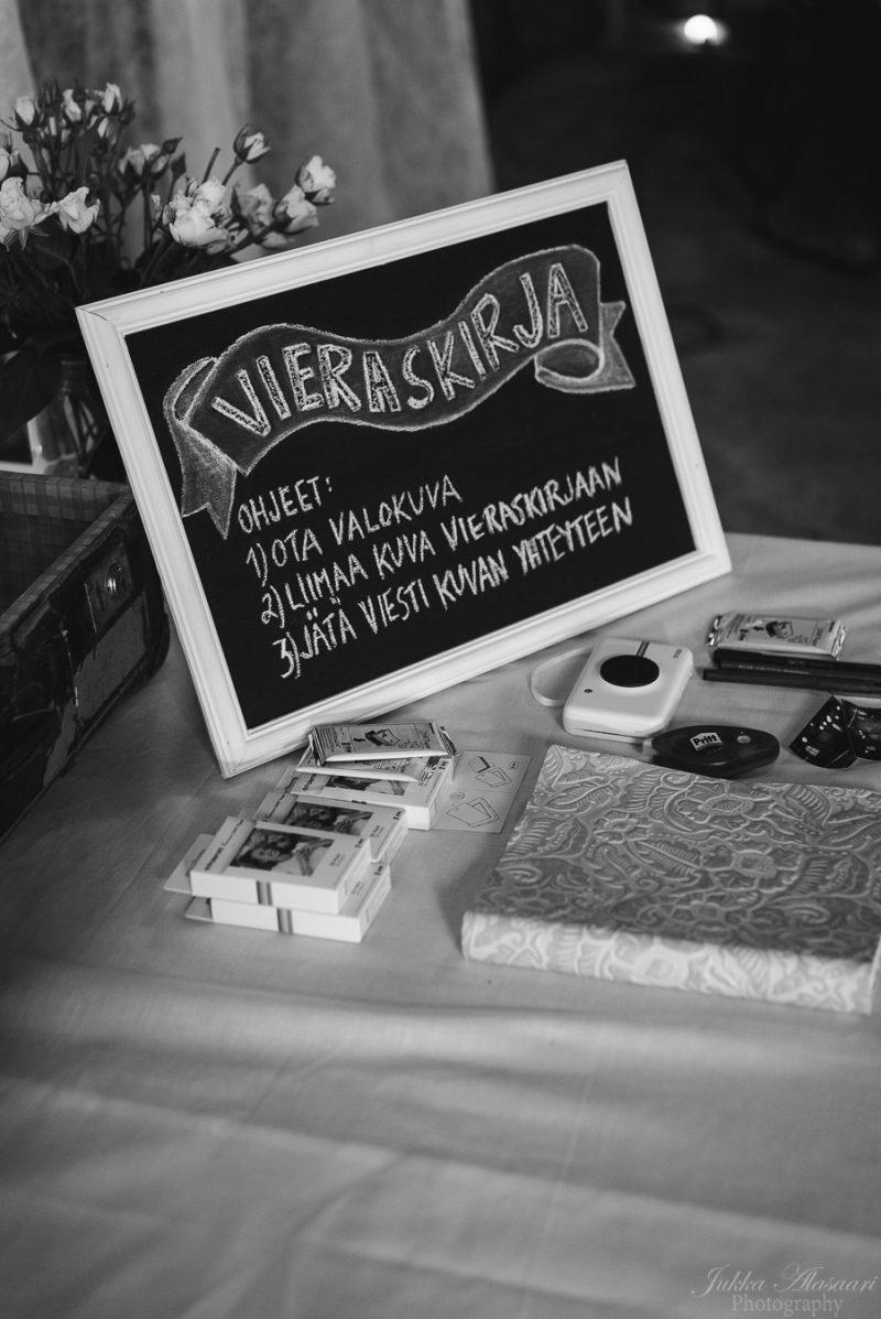 hääkuvaus teijo mathildedal koristeet vieraskirja ja photobooth