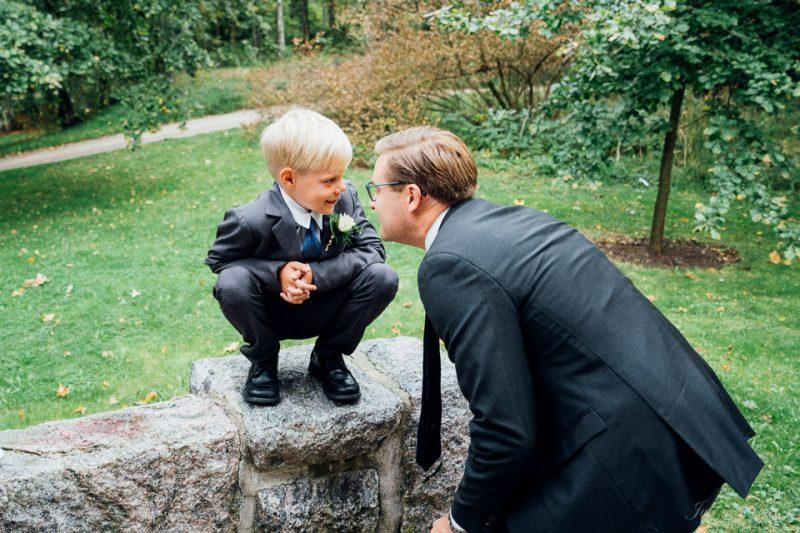 hääkuvaus vihkitilaisuus puotilan kappeli mies ja poika