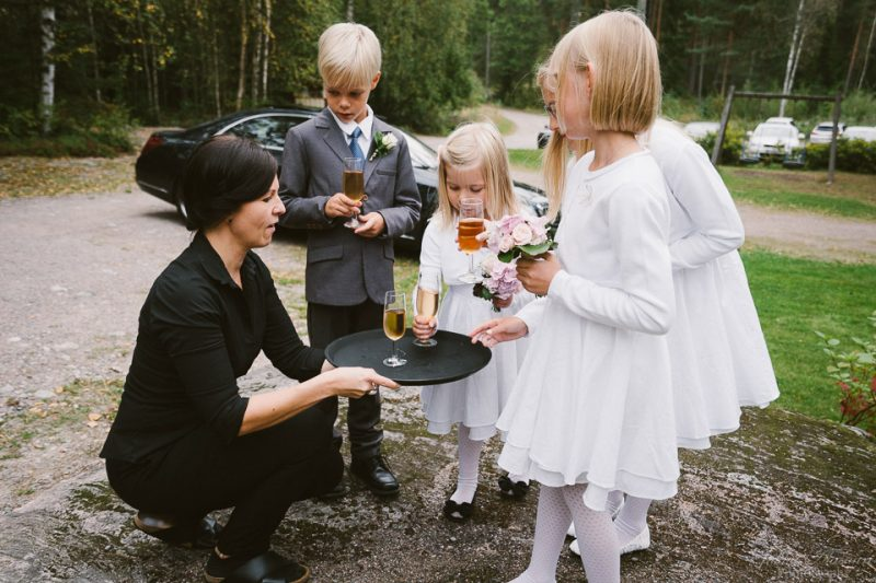 hääkuvaus sipoo hedåsen lapsille tarjoilu
