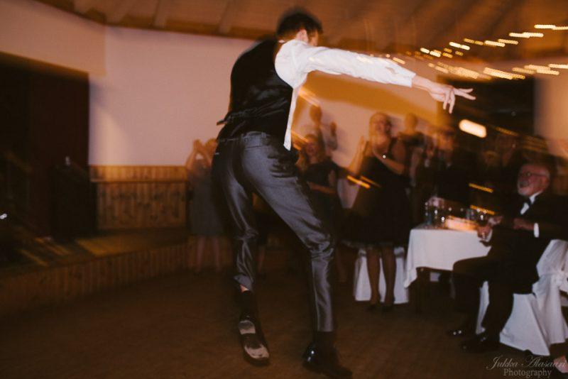 hääkuvaus sipoo hedåsen sulhasen tanssiesitys