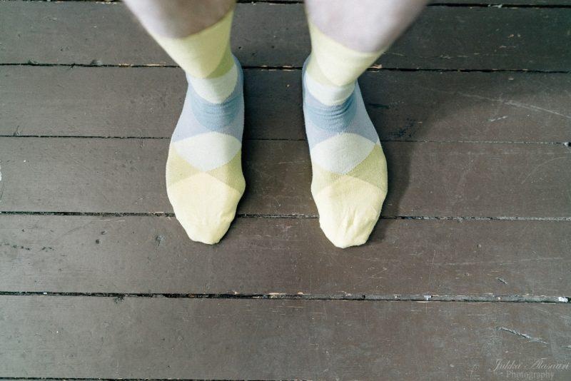 hääkuvaus suomenlinna pirunkirkko sukat